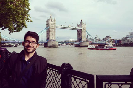 LSI London Central student Vinicius Andrade enjoying the cultural exchange at the Tower of London